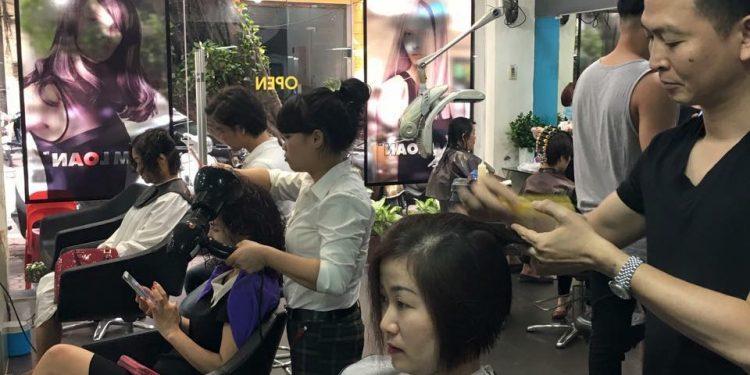 Nếu bạn đang tìm kiếm một địa chỉ làm tóc chất lượng tại Hà Nội thì Salon tóc Tâm Loan sẽ là lựa chọn tuyệt vời