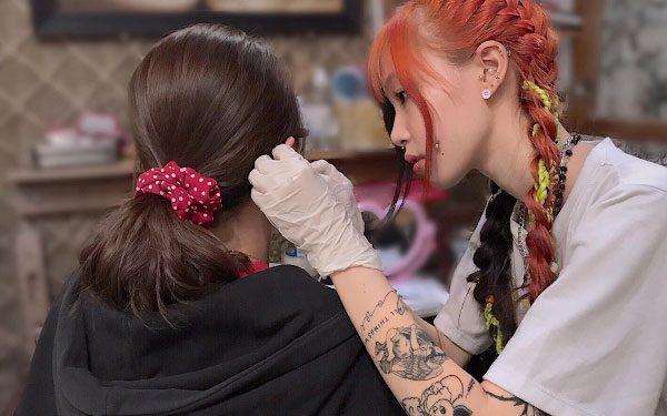 VNStyle Tattoo & Piercing địa chỉ bấm lỗ tai tại TPHCM an toàn và chuyên nghiệp dành cho giới trẻ